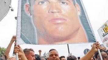 La Curva Sud está en la plena. Los ultras de Juventus recibieron con alegría extrema la contratación de Cristiano Ronaldo para las próximas cuatro temporadas.