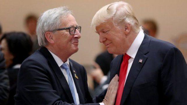 Juncker y Trump acordaron iniciar conversaciones sobre la eliminación de aranceles a bienes industriales.