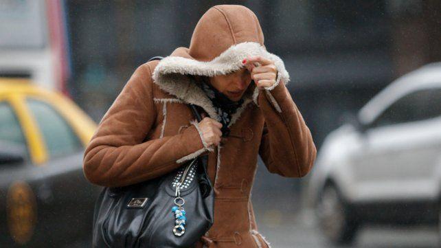 El invierno no da tregua y sigue el frío y la llovizna.