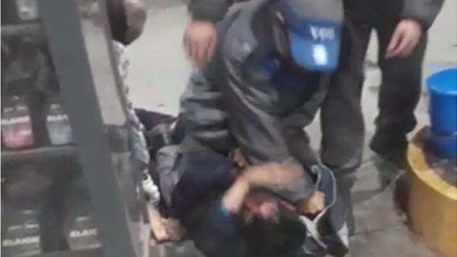 Un playero golpeó brutalmente a un ladrón que intentó asesinarlo
