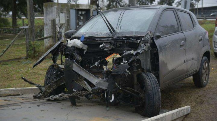 Uno de los vehículos involucrados en el choque en la zona oeste de Rosario.