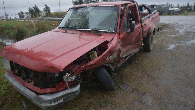 Uno de los vehículos involucrados en el choque en zona oeste.