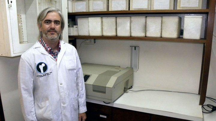 En la UNR. Brun en su laboratorio.