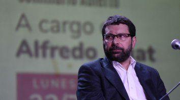 Conferencia. Zaiat estuvo en Rosario invitado por la Fundación Pueblos del Sur.