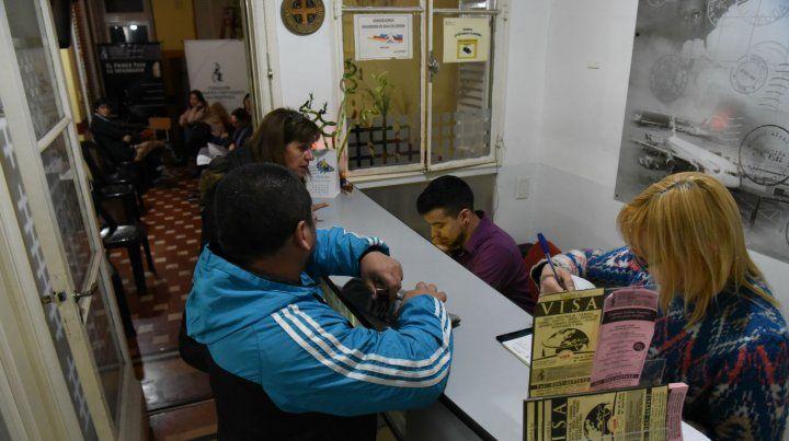 En la Fundación Migrantes dijeron que las solicitudes alcanzaron su pico en febrero y marzo últimos.