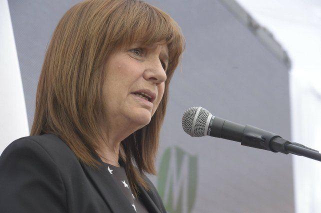 Patricia Bullrich descartó que las FFAA intervengan en el conflicto mapuche en el sur.