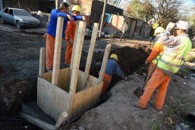 Excavación. Avance de obras en pleno barrio Moderno.