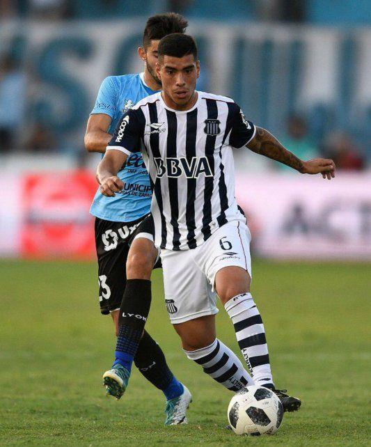 Con la T. Olaza viene de jugar en Talleres.
