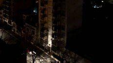 Los edificios a oscuras, una postal que se repite en Rosario.