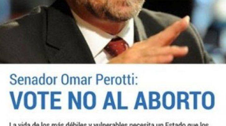Presión pública. Una solicitada le exigió a Perotti: Vote no al aborto.