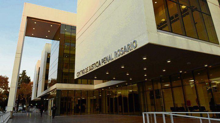 Justicia penal. El juicio se realizó en la sede de Sarmiento y Virasoro.