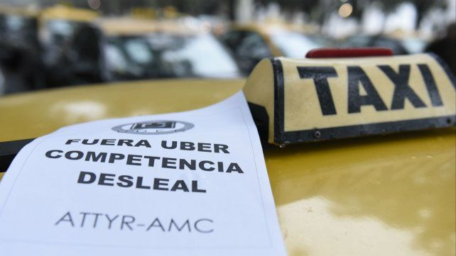 Los taxistas rosarinos siempre cuestionaron el desembarco de Uber en Rosario.