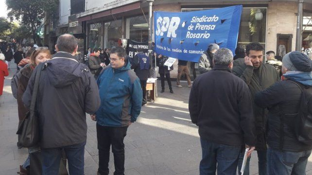 Volanteada del Sindicato de Prensa por despidos en Télam