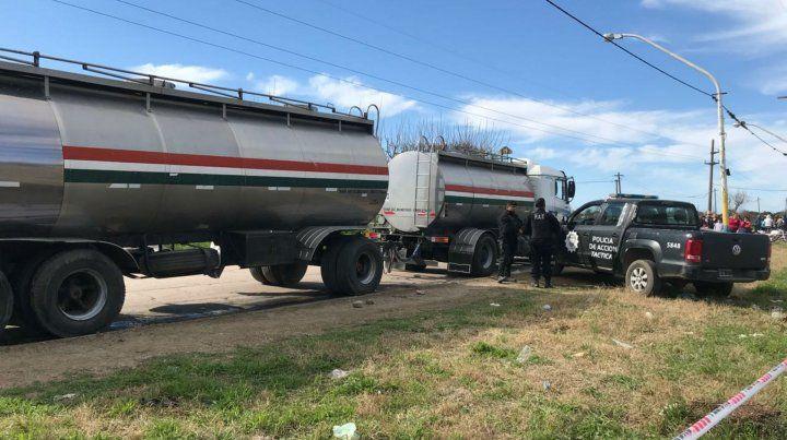 El camión transportaba cebo líquido.