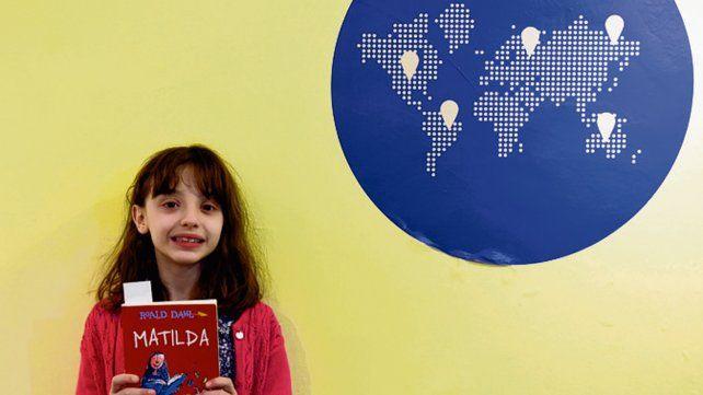 Isabel elige la escena de Matilda con su maestra como su favorita de libro.