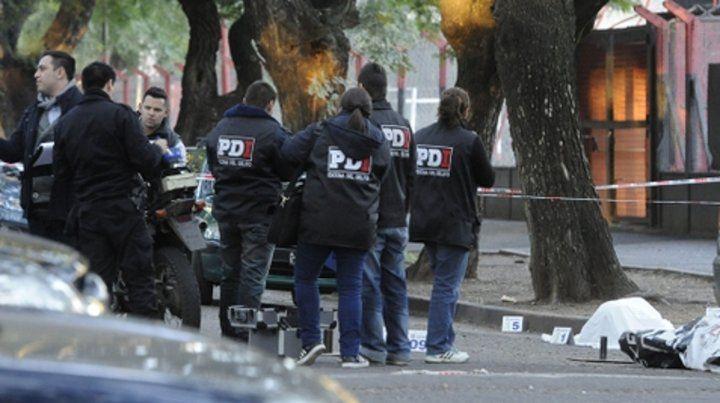 Frente al club. Franchetti salía del Coloso del Parque cuando fue atacado a tiros desde una moto.