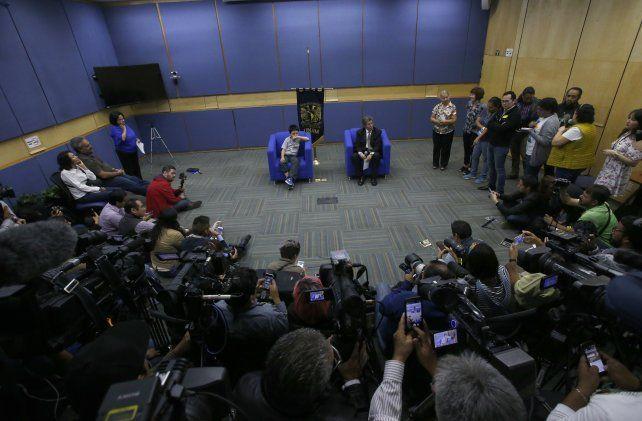 Carlos conmocionó a los medios en México por sus conocimientos.