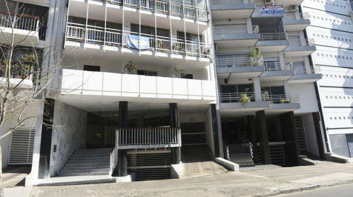 El edificio Ipanema fue atacado a balazos. Allí vivió la jueza Usandizaga.