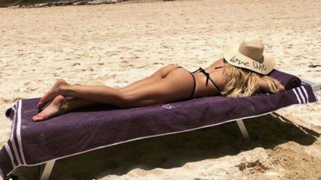 Las fotos hot de las vacaciones de Laurita Fernández
