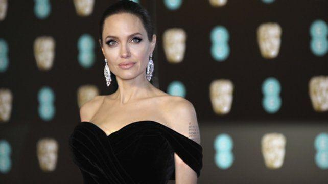 En la mira. Angelina