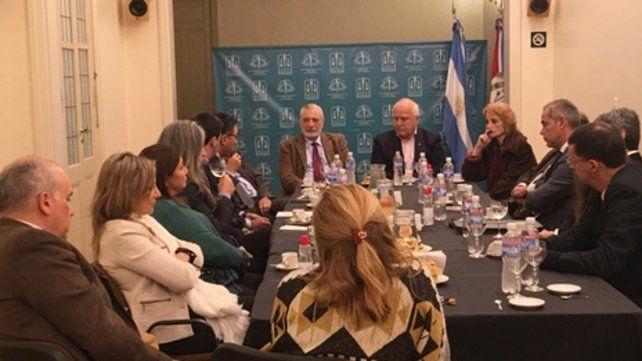 Reunión. El gobernador Lifschitz y el ministro Silberstein (Justicia)