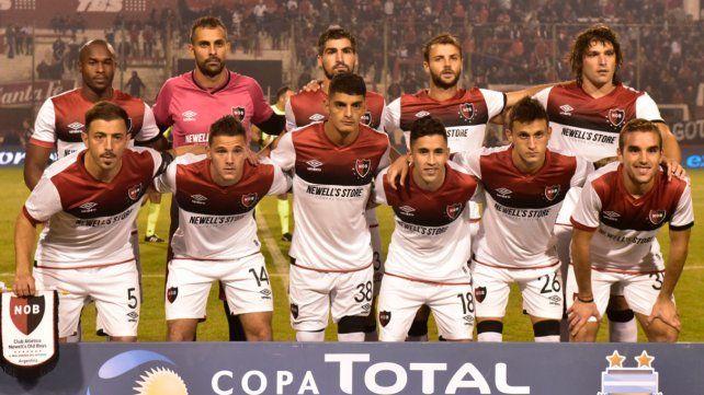 Newells Old Boys - Vélez Sarsfield 2018 en vivo: qué canal transmite y televisa para ver online y a qué hora juegan por la Superliga el viernes 10 de agosto