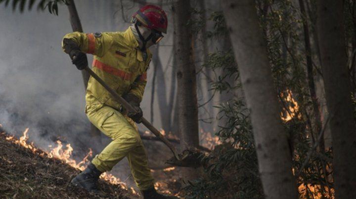Pavoroso. Los incendios forestales avanzan en Monchique.