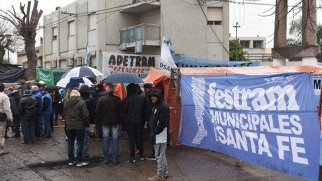 Movilizados. El despido de los municipales de Fray Luis Beltrán desató un prolongado conflicto.