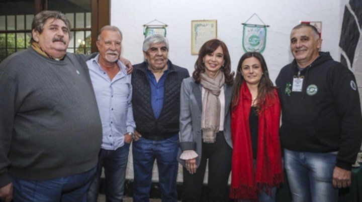 Reconciliación. Moyano y CFK hicieron frente común contra Macri.