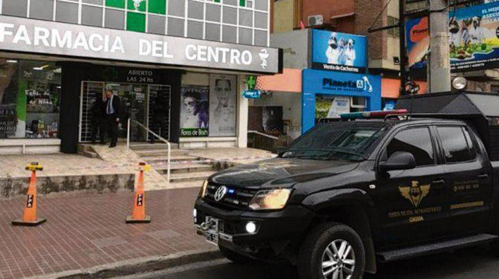 Carlos Paz. Las adolescentes compraron las pastillas en esta farmacia.