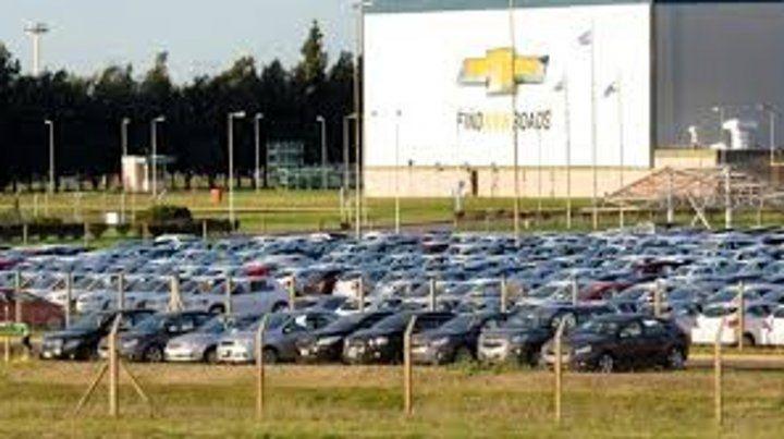 Acuerdos en el sector automotor para salvar empleos en la crisis