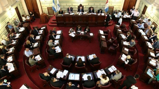 Parada difícil. El oficialismo debe reunir mayoría especial para que la Legislatura habilite la discusión.