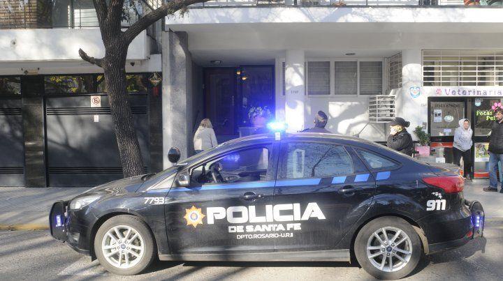 El edificio ubicado en Buenos Aires al 1700 fue blanco de disparos en la madrugada de hoy.