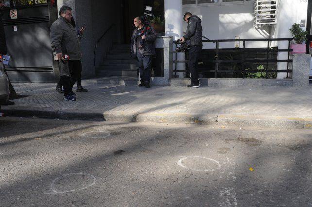 La Policía de Investigaciones (PDI) hizo el relevamiento de las vainas servidas halladas en el lugar de la balacera.
