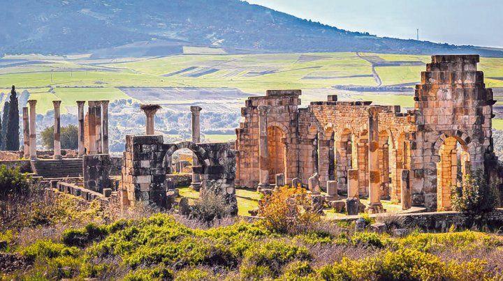 Legado. Las 42 hectáreas que ocupa la ciudad (llamada Ualili en árabe) están situadas cerca de la ciudad de Mulay Idrís