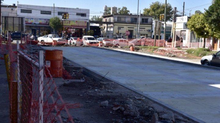 Acciones. Apertura de calles y pavimento definitivo en barrios.
