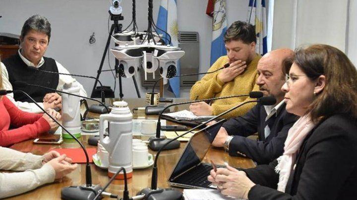 Sesión caliente. Los ediles opositores objetaron la decisión de Maximino.