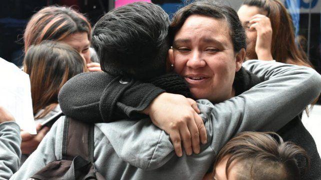 Hoy partió rumbo a Bariloche el primer contingente de estudiantes estafados