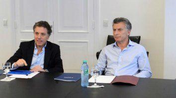 El ministro de Hacienda Nicolás Dujovne junto al presidente Mauricio Macri.