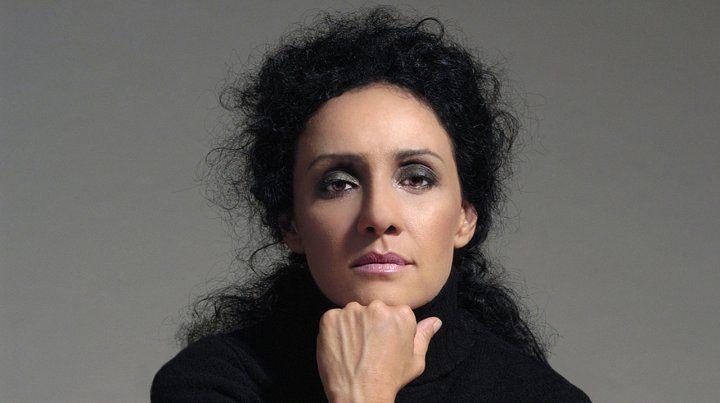 Roxana Amed canta esta noche en Lavardén