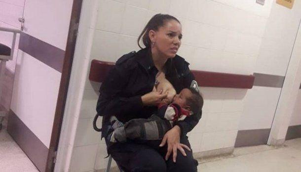 La foto de Celeste amamantando al bebé se viralizó rápidamente en redes sociales.