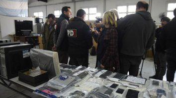 Rueda de prensa. En la sede de PDI se brindaron detalles sobre algunos allanamientos y elementos secuestrados.