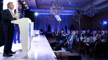 Macri, en el encuentro con empresarios de la AEA.
