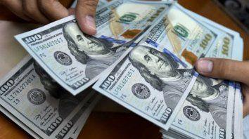 El dólar acumuló en la semana un incremento de 63 centavos