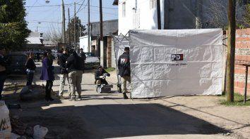 Ejecutan a balazos a un hombre a plena luz del día en el barrio Empalme Graneros