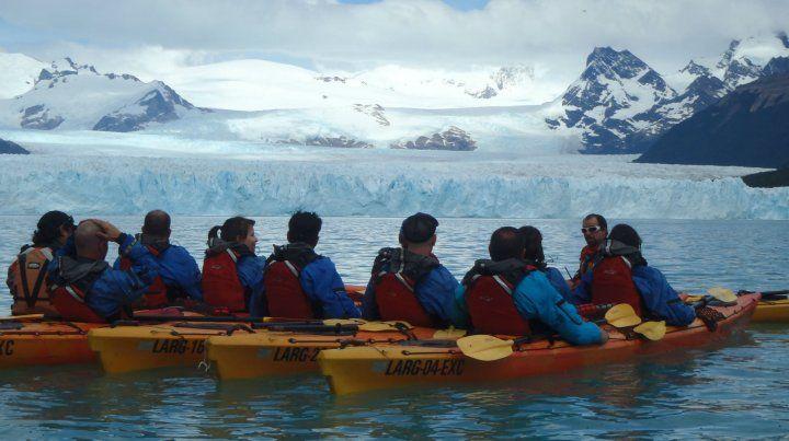 Arranca la temporada de kayak junto al Perito Moreno