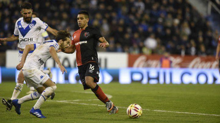Para manejar la pelota. Víctor Figueroa es el volante que debe darle más juego ofensivo al equipo.