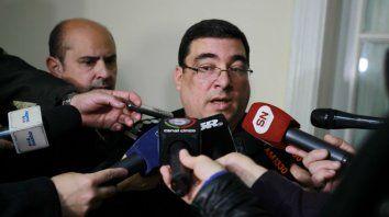 Villanúa, en diálogo con los periodistas en el Ministerio de Seguridad.