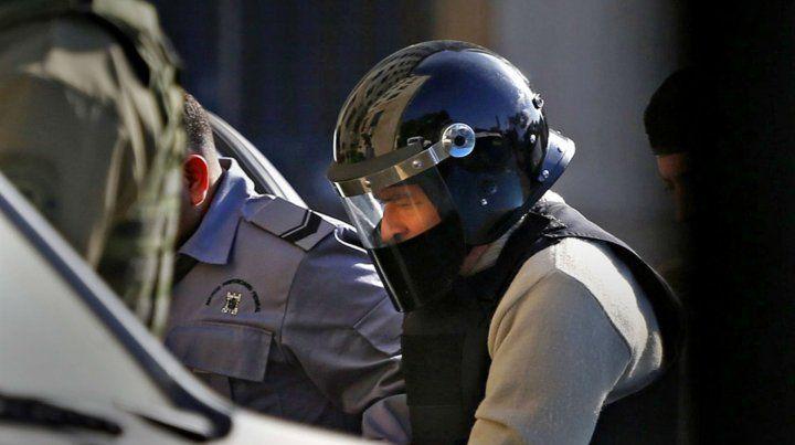 Protegido. López fue llevado ayer temprano a Comodoro Py.