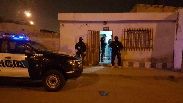 Una de las viviendas allanadas esta mañana por la Policía Federal.